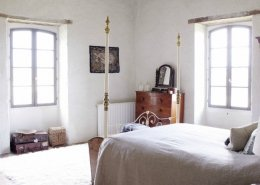 Manoir master bedroom photograph