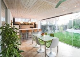 Holiday home in Andalucia with bright open conservatory